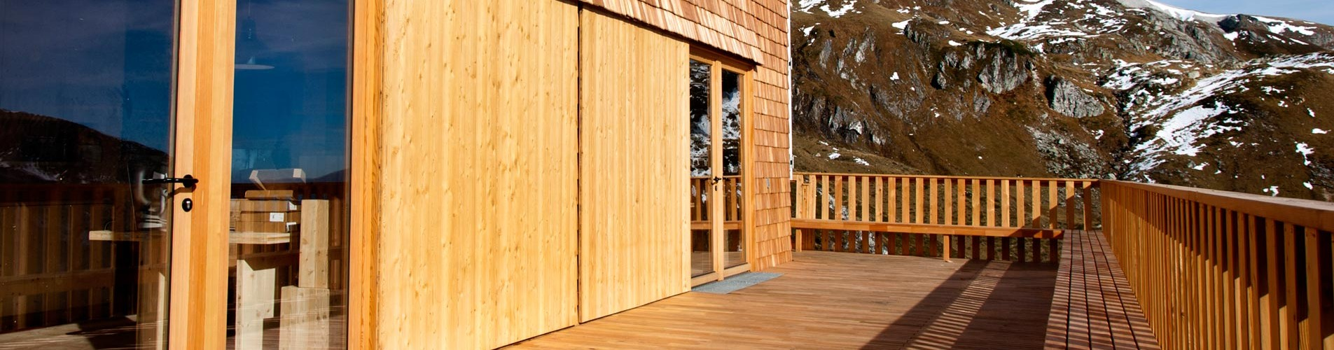 Terrasse der Franz-Fischer-Hütte by Architextur Lüftenegger